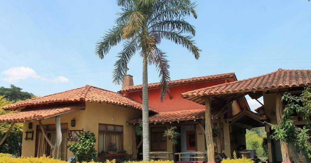 cheap hostels in Pereira